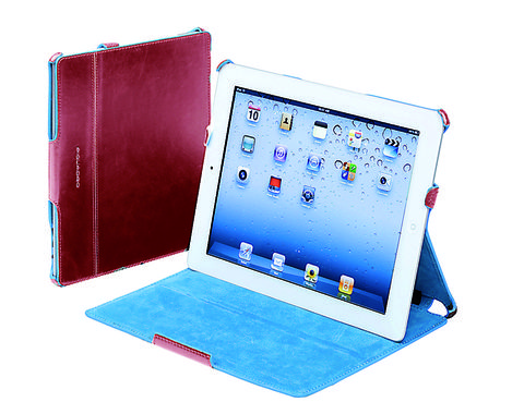 Product, Electronic device, Laptop part, Technology, Display device, Laptop, Tablet computer, Gadget, Rectangle, Electric blue,