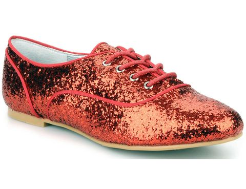 Footwear, Product, Shoe, Red, Carmine, Fashion, Black, Maroon, Oxford shoe, Fashion design,