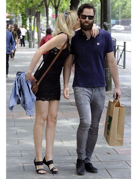 Clothing, Footwear, Leg, Outerwear, Style, Fashion accessory, Denim, Bag, T-shirt, Street fashion,