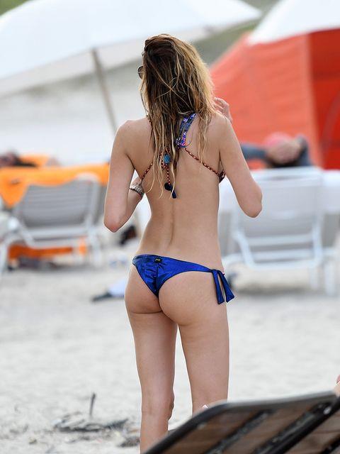 Human leg, Brassiere, Bikini, Swimsuit top, Summer, Swimsuit bottom, Swimwear, Undergarment, Back, Thigh,