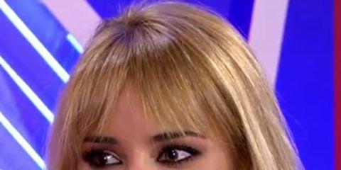 Hair, Face, Blond, Hairstyle, Eyebrow, Chin, Layered hair, Nose, Forehead, Long hair,