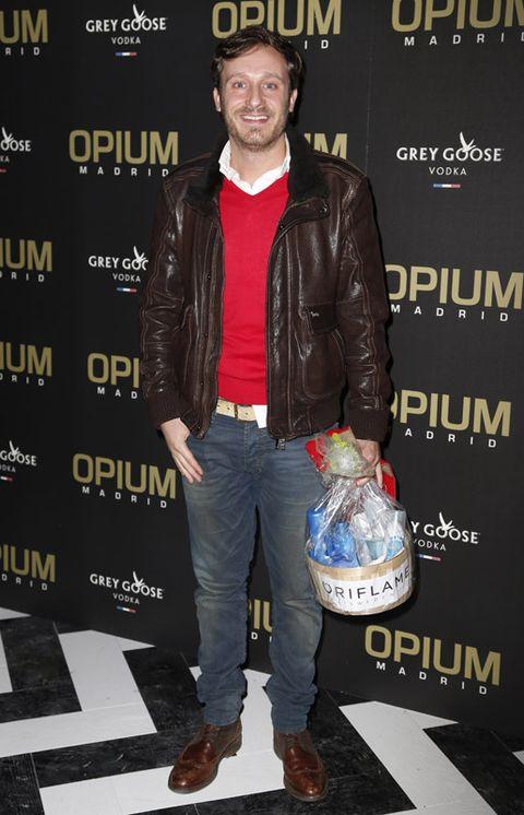 Jacket, Sleeve, Trousers, Denim, Textile, Jeans, Outerwear, Coat, Style, Leather jacket,