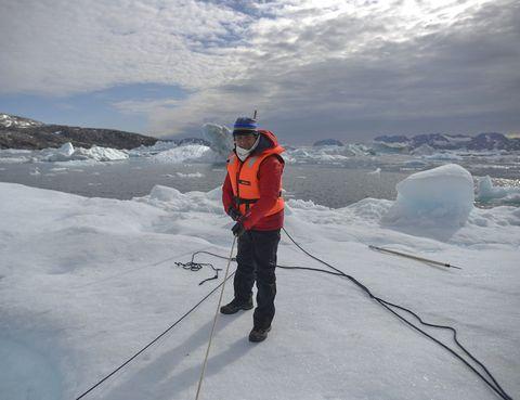 Winter, Freezing, Glacial landform, Ice, Ice cap, Slope, Snow, Polar ice cap, Adventure, Glacier,