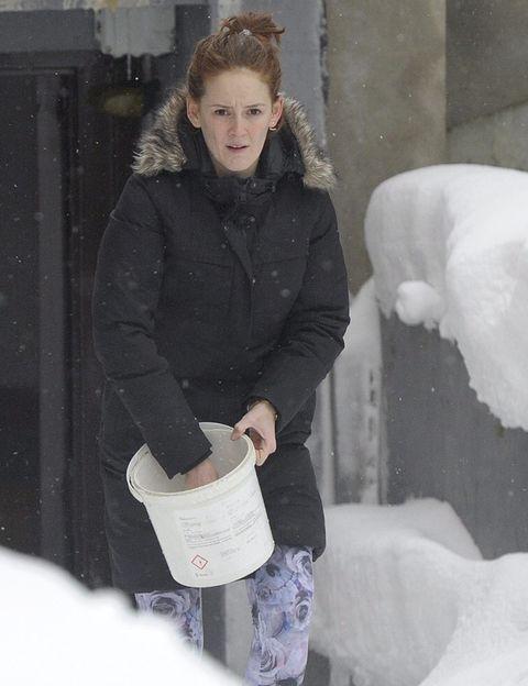 Winter, Freezing, Snow, Street fashion, Brown hair, Blond, Boot, Ice, Fur, Long hair,