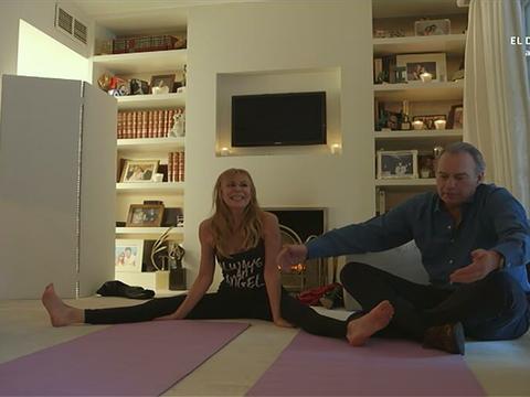Room, Shelf, Interior design, Flooring, Sitting, Shelving, Bookcase, Home, Yoga mat, Curtain,