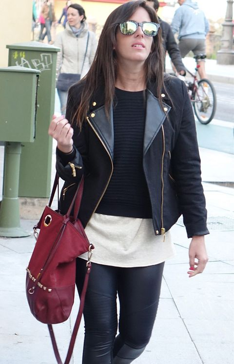 Clothing, Vision care, Bag, Textile, Outerwear, Bicycle wheel, Style, Street fashion, Jacket, Cap,