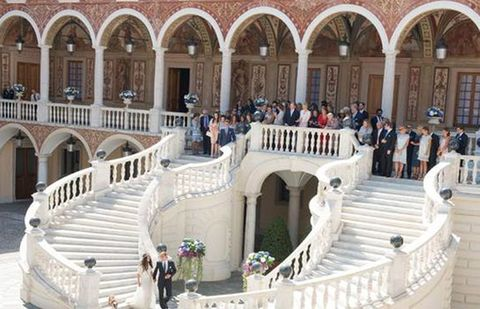 Architecture, Stairs, Arch, Arcade, Palace, Baluster, Classical architecture, Column, Courtyard, Handrail,