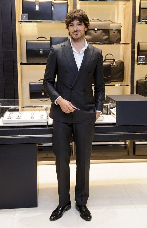 Coat, Collar, Trousers, Dress shirt, Suit trousers, Outerwear, Shelf, Formal wear, Style, Suit,