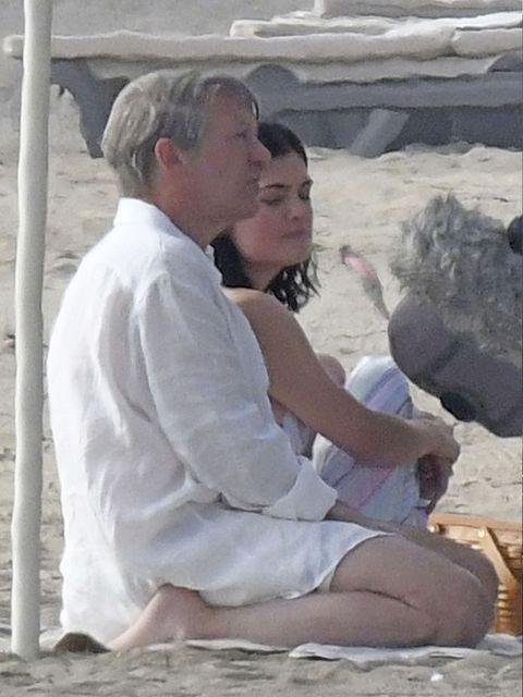 Sitting, Interaction, Vacation, Honeymoon, Romance,