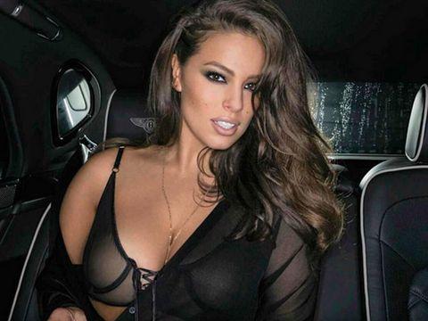 Vehicle door, Beauty, Black hair, Eyelash, Head restraint, Leather, Car seat, Long hair, Blond, Luxury vehicle,