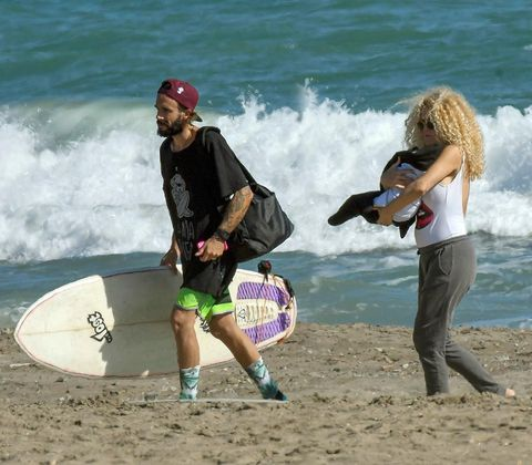 Leg, Fun, Surfboard, Surfing Equipment, People in nature, Leisure, Summer, Cap, Surface water sports, Wave,