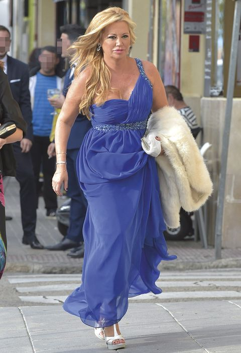 Cobalt blue, Clothing, Dress, Blue, Shoulder, Fashion, Waist, Electric blue, Beauty, Blond,