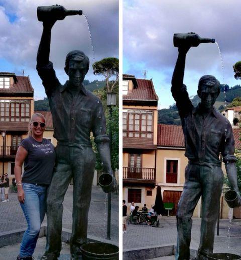 Statue, Sculpture, Monument, Standing, Art, Photography, Metal, National historic landmark, Memorial,