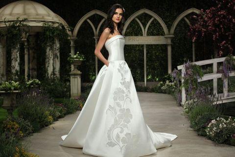 Clothing, Plant, Dress, Shoulder, Textile, Formal wear, Bridal clothing, Gown, Wedding dress, Garden,