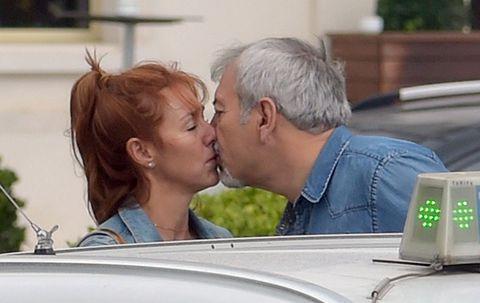 Head, Ear, Nose, Cheek, Forehead, Kiss, Interaction, Love, Romance, Sharing,