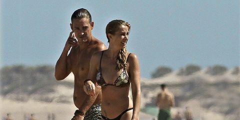 People, Brassiere, Fun, People on beach, Human body, People in nature, Swimwear, Summer, Navel, Swimsuit top,