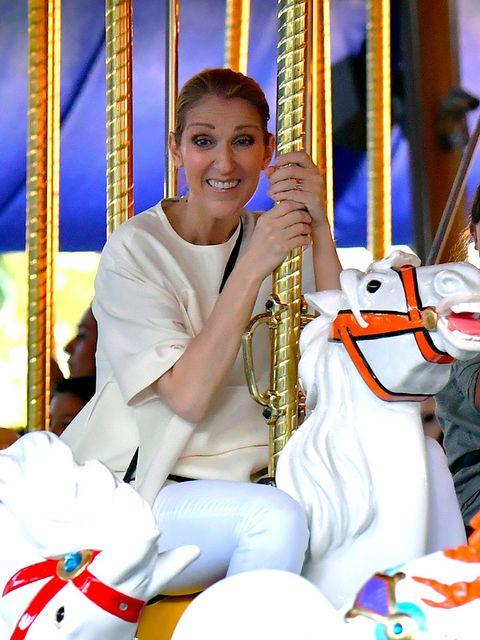 e285a38c006 Celine Dion vuelve a sonreir por sus hijos