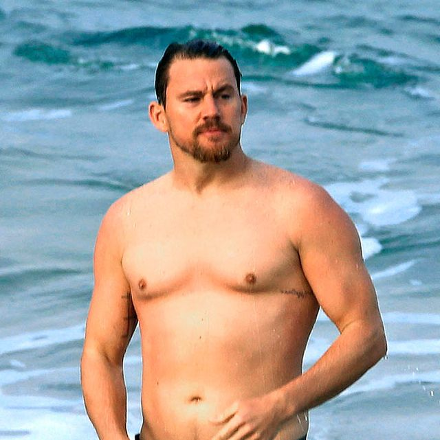 Chest, Barechested, Facial hair, People in nature, Summer, Trunk, Muscle, Abdomen, Waist, Stomach,