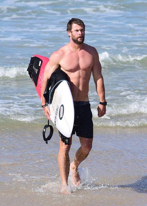 Fun, Surfboard, Surfing Equipment, Water, Recreation, Elbow, People in nature, Summer, Leisure, Outdoor recreation,