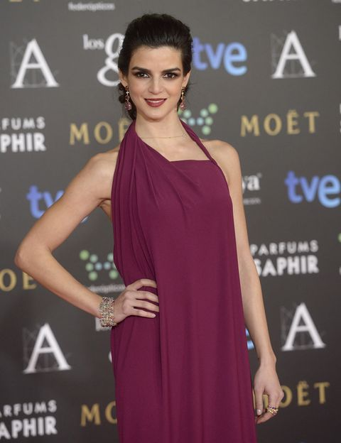 Clothing, Human, Dress, Hairstyle, Shoulder, Eyelash, Style, Fashion model, Premiere, Cocktail dress,