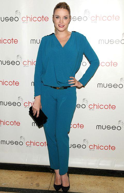 Sleeve, Shoulder, Joint, Style, Electric blue, Fashion, Waist, Cobalt blue, One-piece garment, Fashion design,