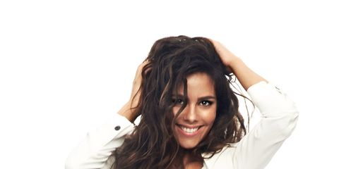 Hair, White, Hairstyle, Beauty, Long hair, Photo shoot, Shoulder, Smile, Model, Human,