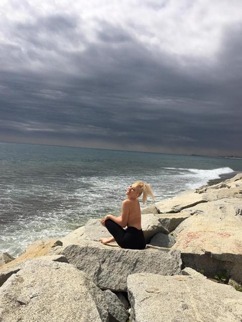 Coastal and oceanic landforms, Rock, Ocean, Coast, Sea, Bedrock, Shore, Beach, Blond, Outcrop,