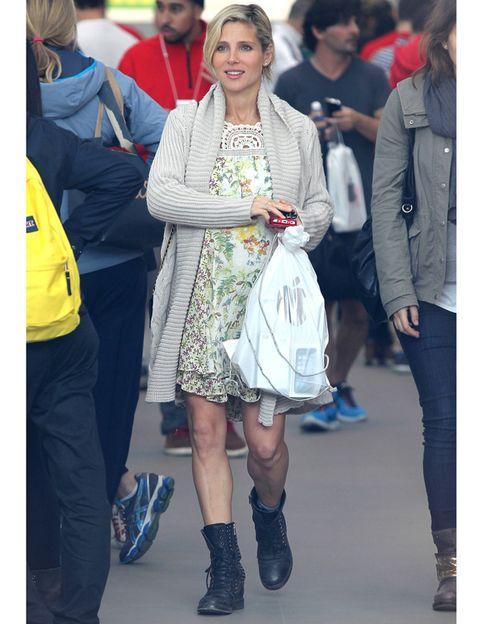 Clothing, Footwear, Leg, Trousers, Outerwear, Coat, Dress, Bag, Style, Denim,