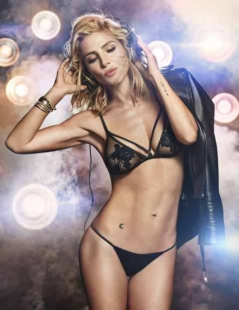 Brassiere, Undergarment, Chest, Lingerie, Thigh, Abdomen, Trunk, Beauty, Swimsuit top, Navel,