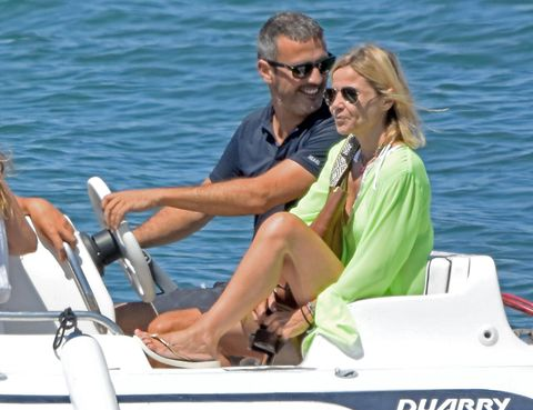 Eyewear, Vision care, Glasses, Recreation, Transport, Watercraft, Goggles, Sunglasses, Outdoor recreation, Boat,