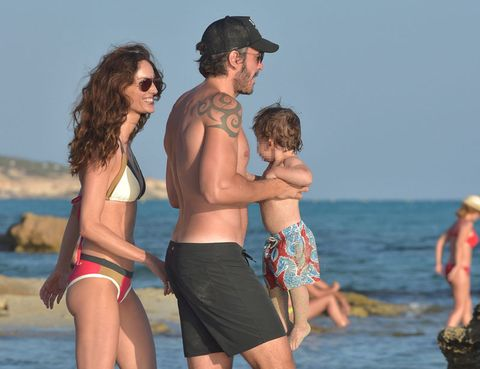 Fun, People on beach, Cap, Human body, board short, Summer, People in nature, Leisure, Goggles, Tourism,
