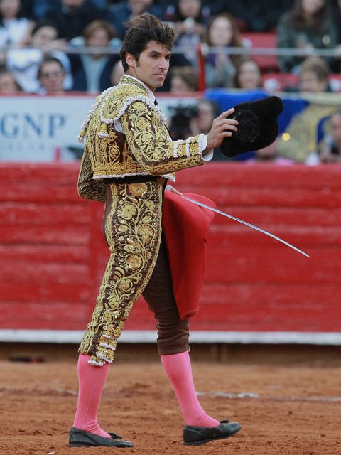 Matador, Bullfighting, Sport venue, Bullring, Animal sports, Tradition, Performance, Public event, Event, Sports,