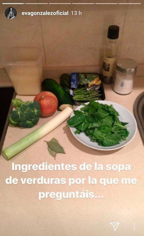 Food, Broccoli, Cruciferous vegetables, Leaf vegetable, Dish, Cuisine, Ingredient, Vegetable, Vegetarian food, Spinach,