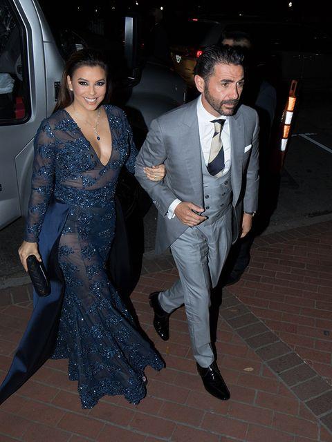 Suit, Formal wear, Event, Fashion, Tuxedo, Ceremony, Wedding reception, Wedding, Haute couture, Performance,
