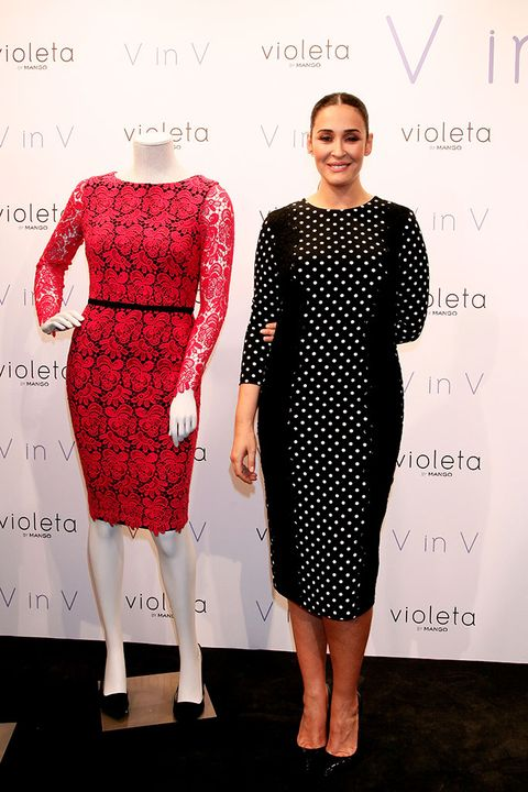 Clothing, Dress, Cocktail dress, Red, Pattern, Polka dot, Fashion, Design, Sleeve, Footwear,
