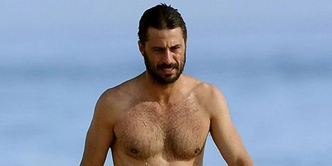 Skin, Facial hair, Joint, Chest, Barechested, Trunk, Muscle, People in nature, Neck, Abdomen,