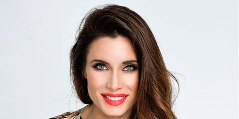 Nose, Lip, Hairstyle, Forehead, Eyebrow, Eyelash, Facial expression, Style, Iris, Beauty,