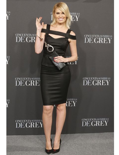 Clothing, Dress, Sleeve, Shoulder, Joint, Waist, Style, Formal wear, One-piece garment, Little black dress,