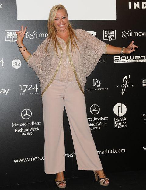 Product, Sleeve, Style, Formal wear, Fashion, High heels, Waist, Fashion model, Long hair, Model,