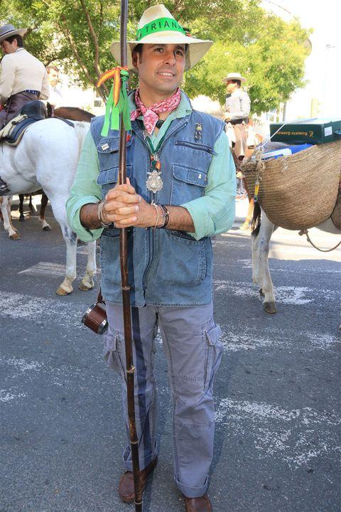 Human, Vertebrate, Hat, Halter, Horse tack, Working animal, Sun hat, Basket, Bridle, Horse,