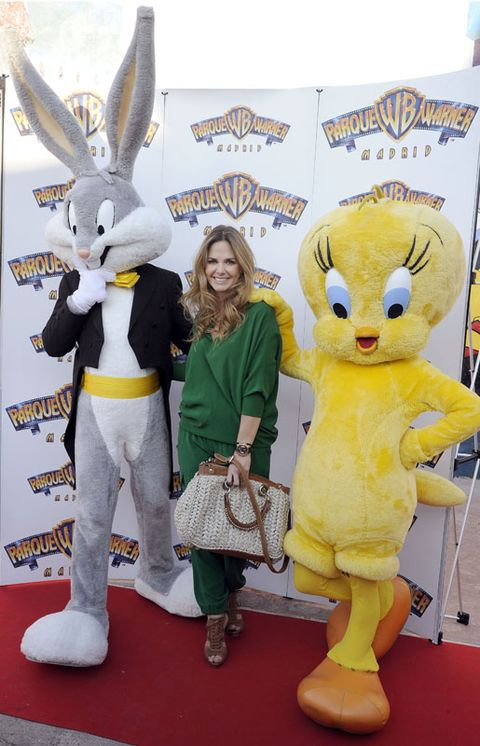 Flooring, Mascot, Carpet, Toy, Costume, Advertising, Rabbits and Hares, Rabbit, Hare, Banner,