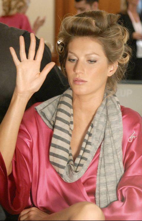 Hairstyle, Eyelash, Style, Fashion, Wrist, Long hair, Brown hair, Fashion model, Hair coloring, Model,