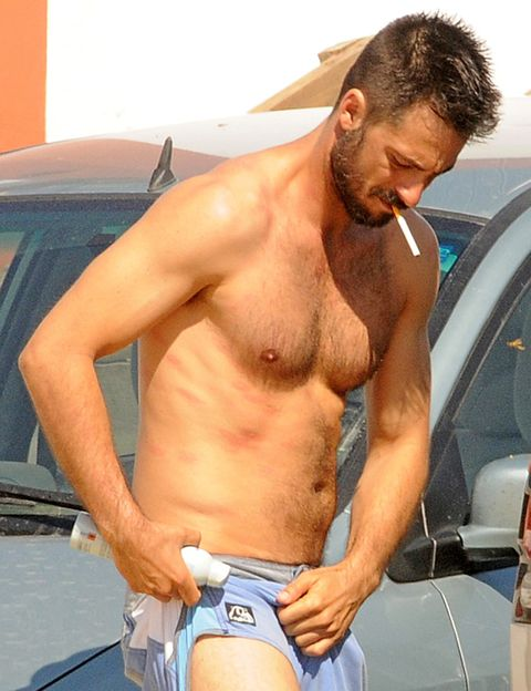 Human body, Facial hair, Shoulder, Chest, Barechested, Vehicle door, Trunk, Muscle, Abdomen, Stomach,
