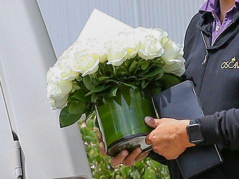 Hand, Watch, Bouquet, Cut flowers, Floristry, Flower Arranging, Artificial flower, Floral design, Leaf vegetable, Annual plant,