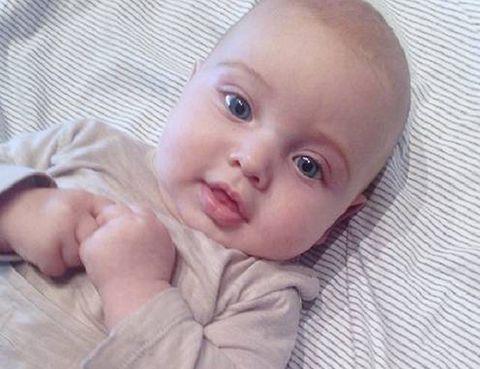Lip, Cheek, Finger, Skin, Forehead, Comfort, Eyebrow, Child, Baby & toddler clothing, Iris,