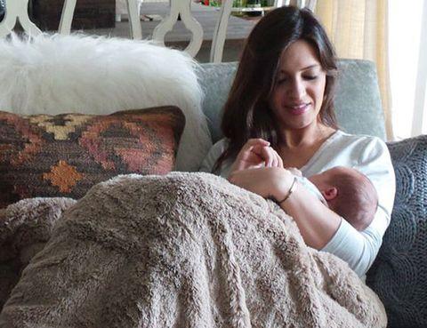 Human, Comfort, Textile, Linens, Fur, Curtain, Blanket, Natural material, Baby, Bedding,