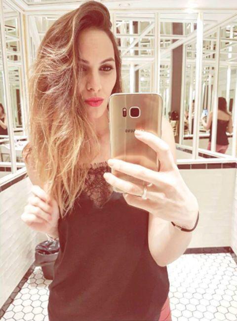 Hair, Blond, Pink, Selfie, Lip, Skin, Beauty, Hairstyle, Long hair, Photography,