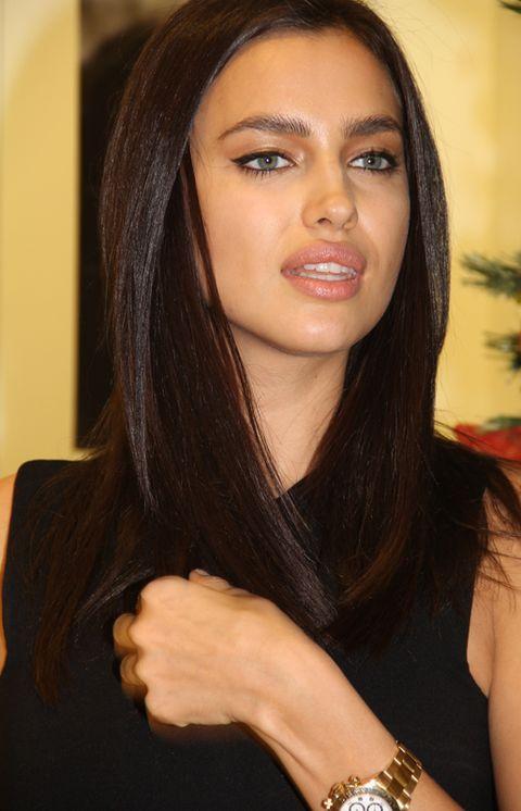 Nose, Finger, Lip, Brown, Hairstyle, Eye, Skin, Eyebrow, Wrist, Eyelash,