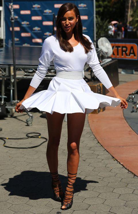 Clothing, Leg, Human leg, Style, Street fashion, Thigh, Fashion, Waist, Fashion model, Long hair,
