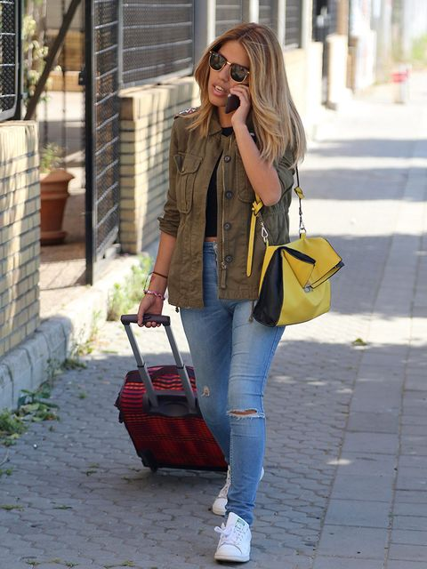Jeans, Clothing, Street fashion, Snapshot, Yellow, Denim, Fashion, Blazer, Footwear, Outerwear,